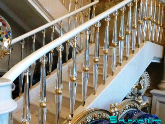 Купить деревянные балясины для лестницы в Москве